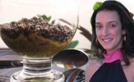 Mousse BEAUTY IN (abacate com cacau e frutas secas)